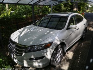 Front quarter view - 2010 Honda Accord Crosstour